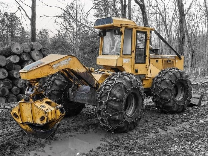Ways To Reduce Risk of Injury When Operating Large Machinery