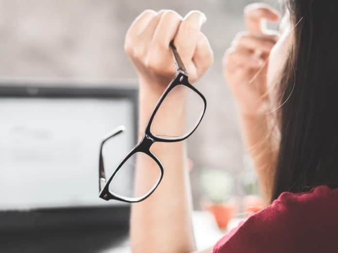 How To Protect Your Eyes from Screens When Working from Home