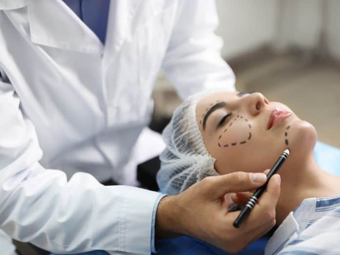 What To Know About Cosmetic Surgery Risk