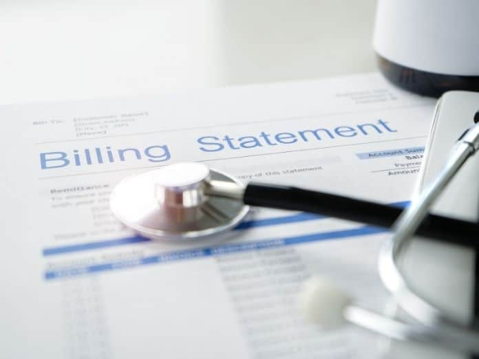 Different Ways To Handle Medical Bills Without Insurance